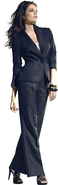 костюм для женщины фото в Москве